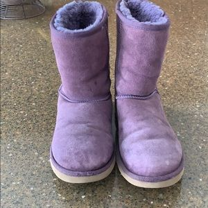 UGG classic Boots purple size 8